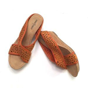 Minnetonka Wedge Slides Orange Leather Size 8